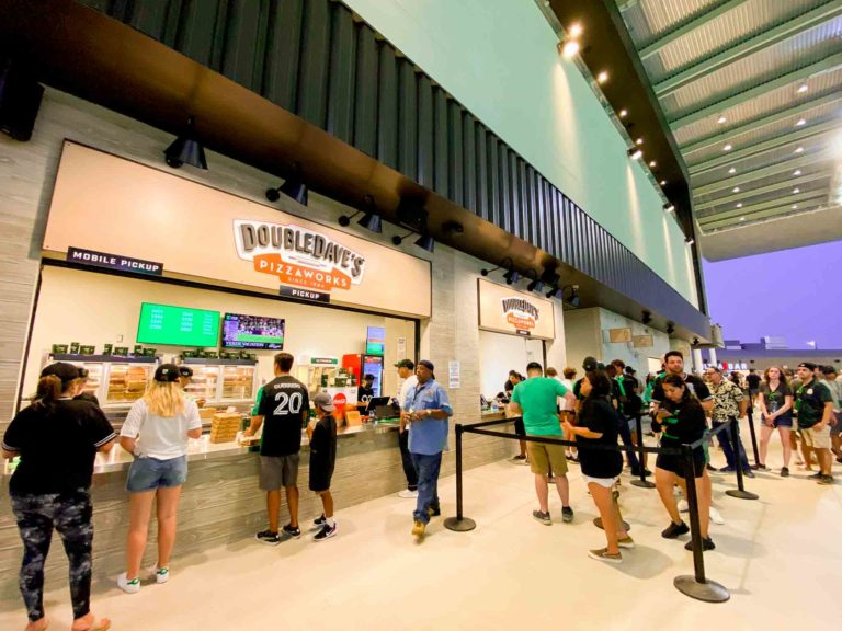 food at Q2 stadium: Double Daves Pizza